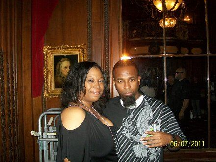Tech N9ne And Fan Rene Jordan - All 6's and 7's - The Tour - Kansas City, Missouri