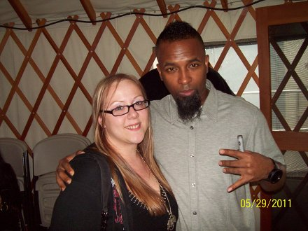 Tech N9ne And Fan Sara Leffew - Eugene, Oregon