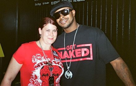 Kutt Calhoun And Fan - All 6's and 7's - The Tour - Nashville, Tennesee