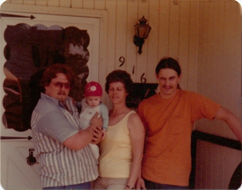 Strange Music Fan Tony Dodson With Family - Vintage Photo