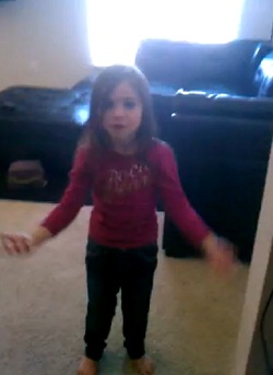 5 Year Old Dances To Tech N9ne