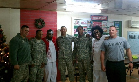 Fans Pose With Krizz Kaliko And Tech N9ne In Kuwait