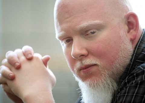 Brother Ali Praises Tech N9ne On Twitter