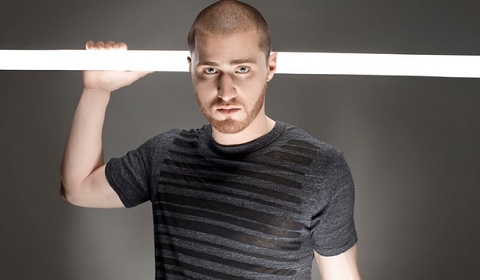 "Mike Posner Shows Love For ""Hostile Takeover 2012"" Tour"