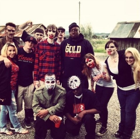 "Tech N9ne, E-40, And Brotha Lynch Hung On The Set Of ""Zombie"""