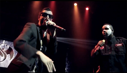 "Tech N9ne, CES Cru, And Krizz Kaliko Perform ""Unfair"" Live"
