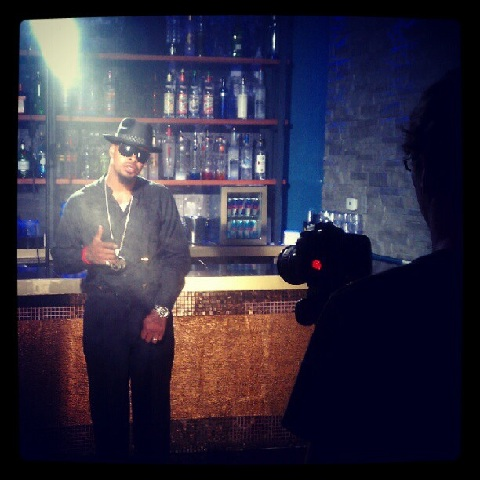 "Kutt Calhoun On Set For ""Bottle Service"""