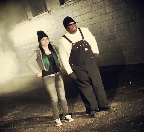 "Krizz Kaliko And Snow Tha Product On Set For ""Damage"""
