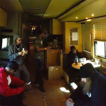 Strange Music Independent Powerhouse Tour Bus Chilling