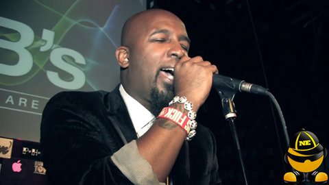 "Tech N9ne Performs ""Fragile"""