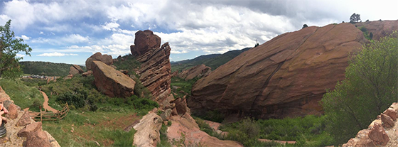 red-rocks-hiking